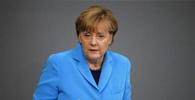 Merkel pide congelar las negociaciones de ingreso a la Unión Europea de Turquía