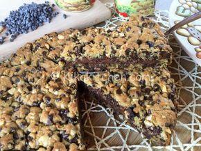 La torta cookies bimby riproduce il classico biscotto americano in versione torta. Golosissima e fragrante, piace a grandi e piccini.
