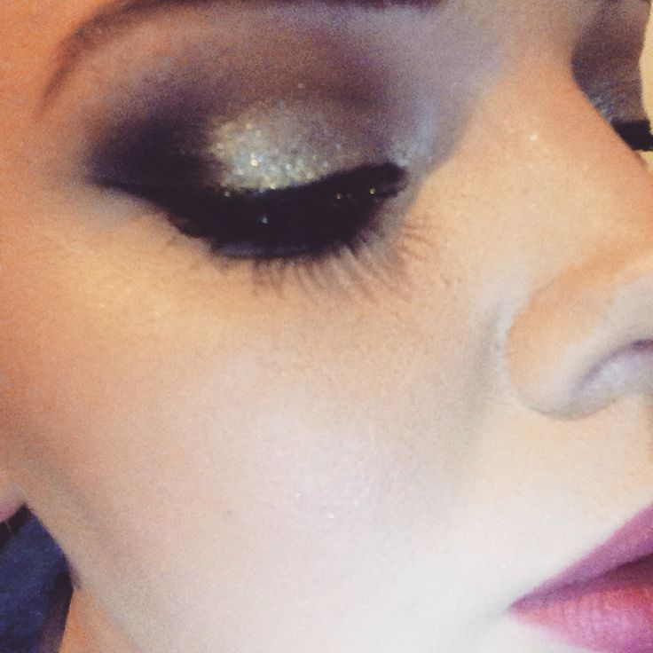 Silver smokey eye perfect for a night out