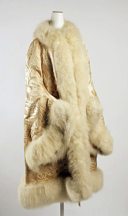 French silk and fur evening wrap (1885).