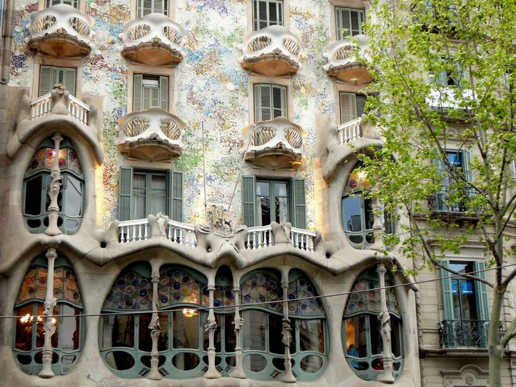The Casa Batlló, a remodeled nineteenth century building, is one of Gaudí's many masterpieces in Barcelona. Often overlooked for La Pedrera, La Casa Batllo is equally as stunning with its unique architecture and infamous two ornamental pillars in the entrance to the terrace. Its unique interior is just as extraordinary as its fairytale-like exterior.