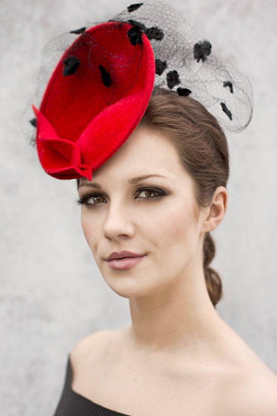 Red Saucer Hat, Occasion Wear, Felt Fascinator, Vintage Veiled Fashion Head Piece - Ellie