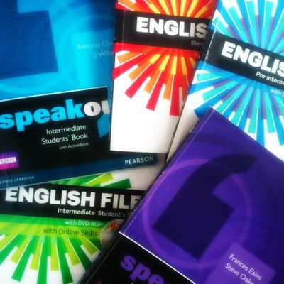 English coursebooks, Speakout, English File
