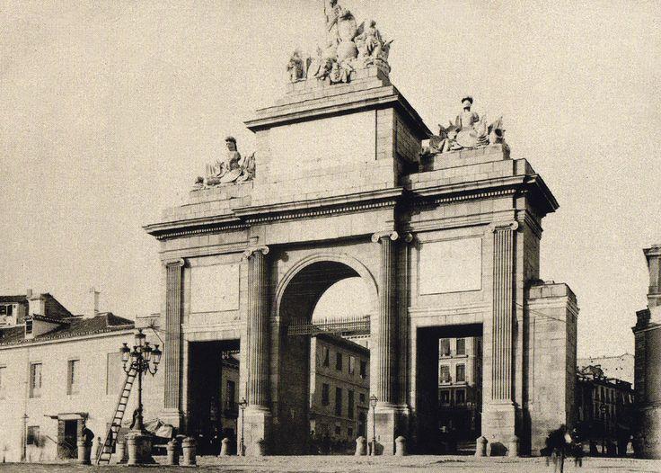 Puerta de Toledo, finales del Siglo XIX. Anónimo. Museo Municipal (Madrid)