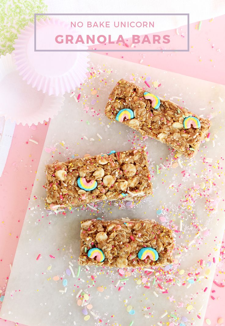 Unicorn Granola Bars (with Lucky Charms!)