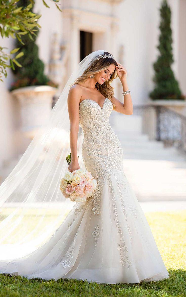 The 25 best tulle wedding skirt ideas on pinterest tulle skirt in a stunning mermaid silhouette this glitzy and glamorous wedding dress by designer stella york junglespirit Images