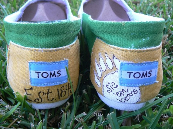 Baylor Bear Toms! sic-em-bears: Hands Paintings Toms, Sic Ems Bears, Baylor Toms, Sicem, Mosaics, Bears Toms, Headbands Hair, Weights Loss, Thanksbaylor Bears