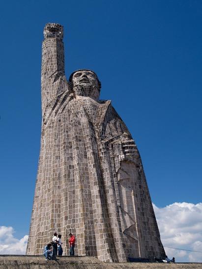Statue of José María Morelos at Janitzio, Michoacan ...