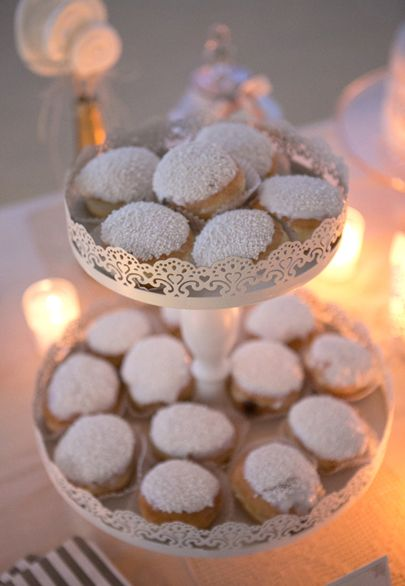 White frosting and pearls donuts- Mitheo Events | Concept Events Styling