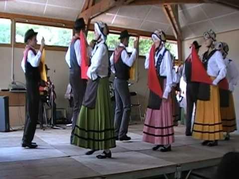 Groupe Folklorique à la Fête des Canabières - Salles Curan 15 aout 2010