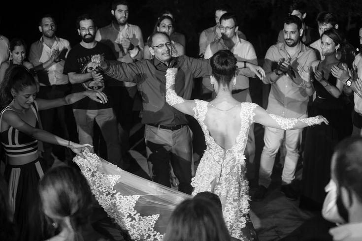 wedding party antiparos island