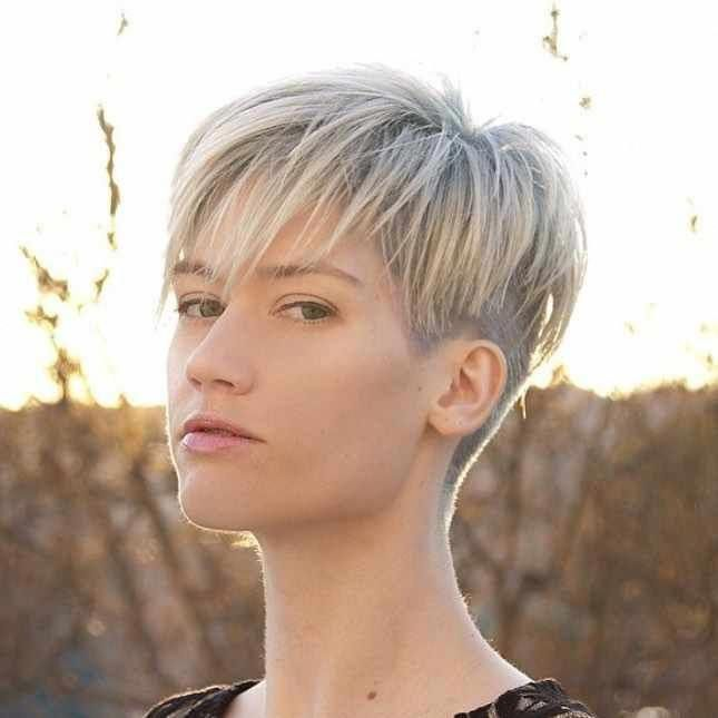 50 Cute Short Hairstyles & Haircuts - How To Style Short Hair 2019 -  #Hair #shorthair #shorthaircut - Short Hairstyles - Hairstyles 2019 #shorthairst...