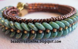 Adele Kimpell's Lentille bracelet pattern beaded with two-hole lentils