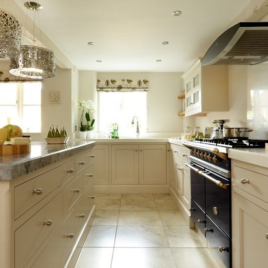 Cream Shaker kitchen with quartz work surface | Kitchen decorating ideas | Beautiful Kitchens | Housetohome.co.uk