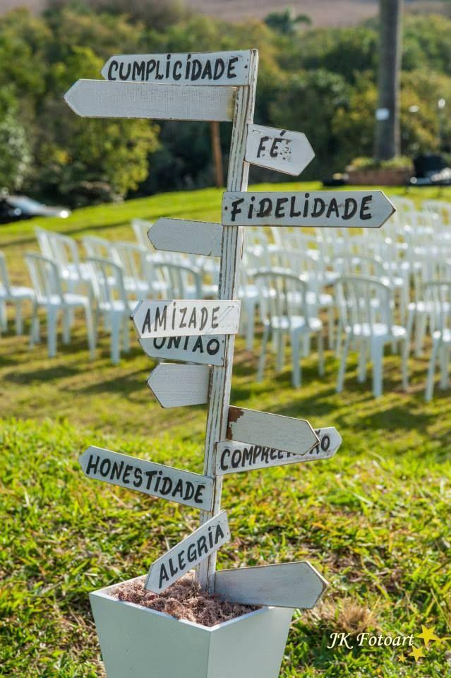 O que representa o casamento...fidelidade, honestidade, amor, alegria, amizade, união, compreensão,..