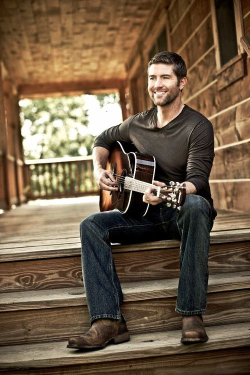 Josh Turner. That voice and face. <3