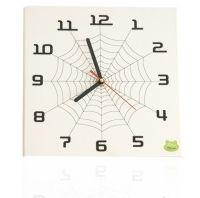 Prezent na Dzień Dziecka - dziecięcy zegar, do kupienia  http://zielonychomik.pl/glowna/32-cobweb.html