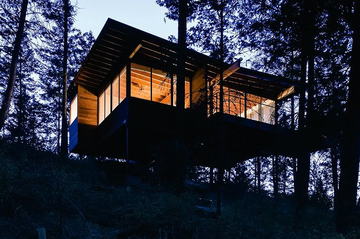 Set on a granite and shale cliff overlooking the water and surrounding ponderosa pines, Flathead Lake Cabin by Andersson-Wise Architects is as rugged as the Montana wilderness on which it sits. This single-bedroom home has no heating or air, instead...