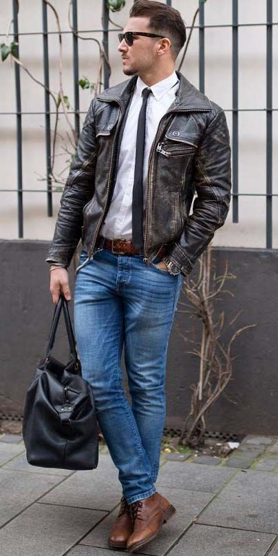 hit the gym after work // mens fashion // gym bag // fitness // mens health // weekly goals //
