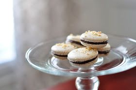 Not So Newlywed McGees: Almond Macarons