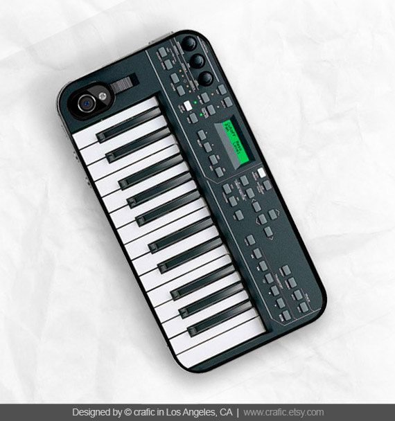 Hey, I found this really awesome Etsy listing at https://www.etsy.com/listing/96144924/keyboard-iphone-hard-case-fits-iphone-4
