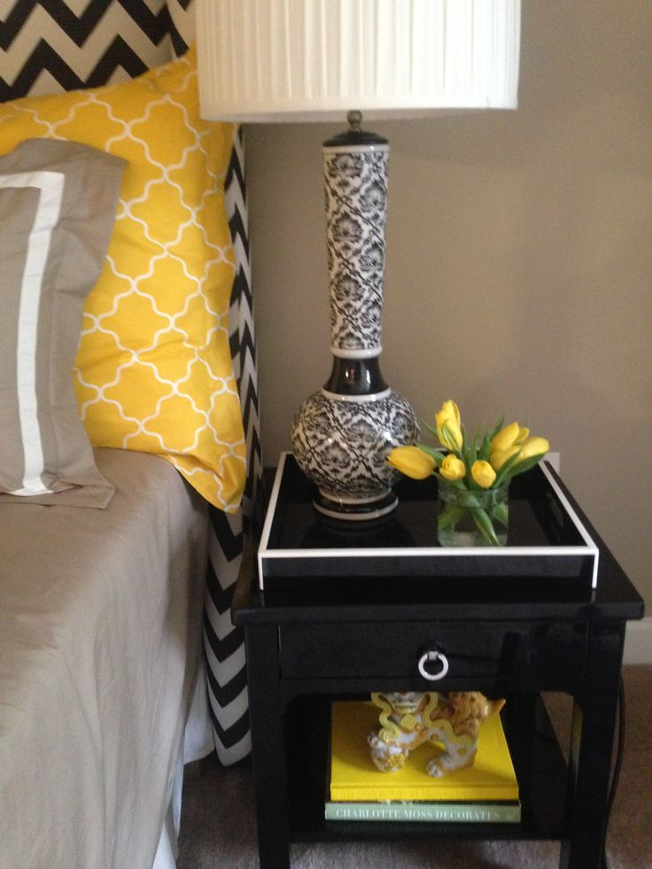 49 best images about black yellow decor on pinterest for Black white yellow bedroom
