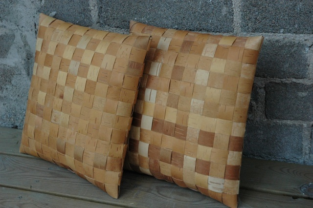 Pillow weaved of birchbark by Anelma Savolainen. http://www.anelma.fi/
