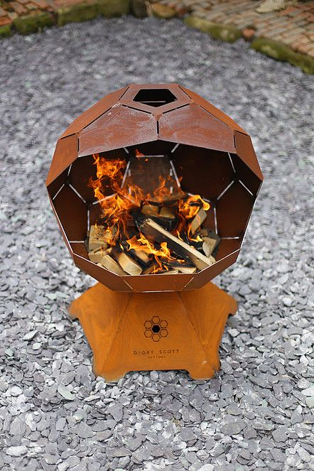 Digby Scott Designs - Store Front for unique geometrically designed fire pits and barbecues.  Product details and galleries.