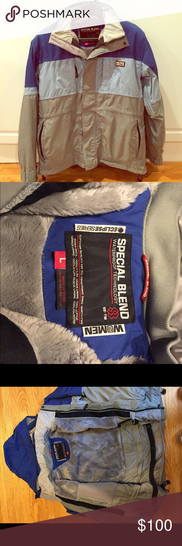 Special blend snowboard jacket women's large Excellent condition jacket for cold weather! Includes 7 zip pockets, arm vents and removable hood. special blend Jackets & Coats Utility Jackets