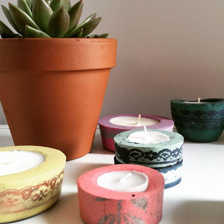 Lace print concrete tea light holders @bellsandwhistlesmake.com