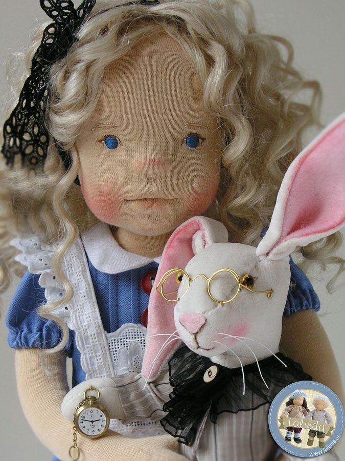 Alice in Wonderland doll by Lalinda.pl