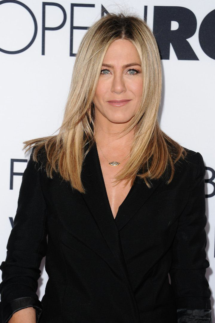 Jennifer Aniston's Mom, Nancy Dow, Passes Away