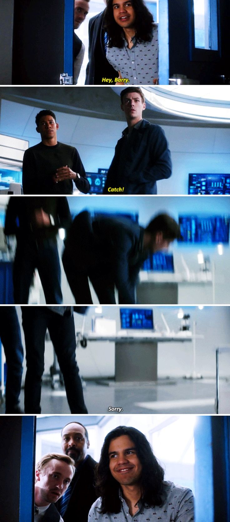 """Hey, Barry. Catch!"" - Cisco, Julian, Joe, Wally and amnesic Barry #TheFlash"