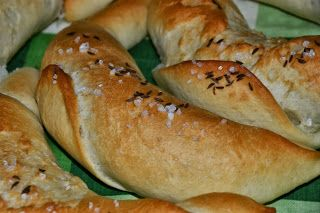 Domácí jídlo U Lípy: Křupavé rohlíky
