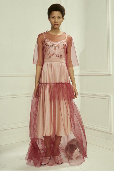 С чем носить  платья-комбинации:  8 модных образов. Изображение № 13.