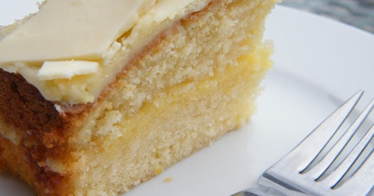 As a few of you asked I thought I'd share the Lemon & White Chocolate Cake recipe from my blog post last week.   Apart  from Ina's Lemo...
