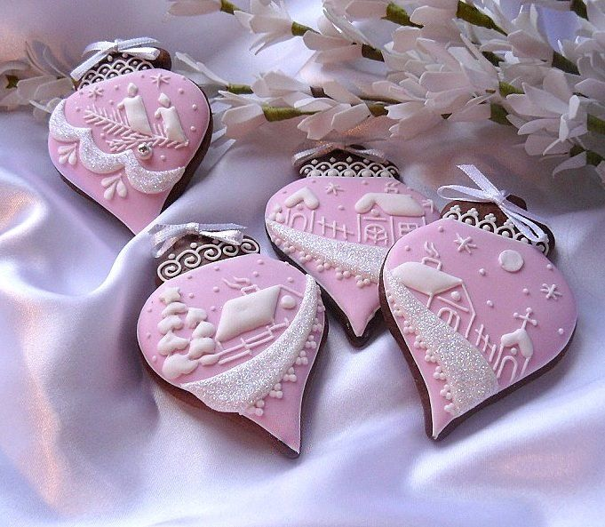 gorgeous Christmas cookies--pink and white ornaments