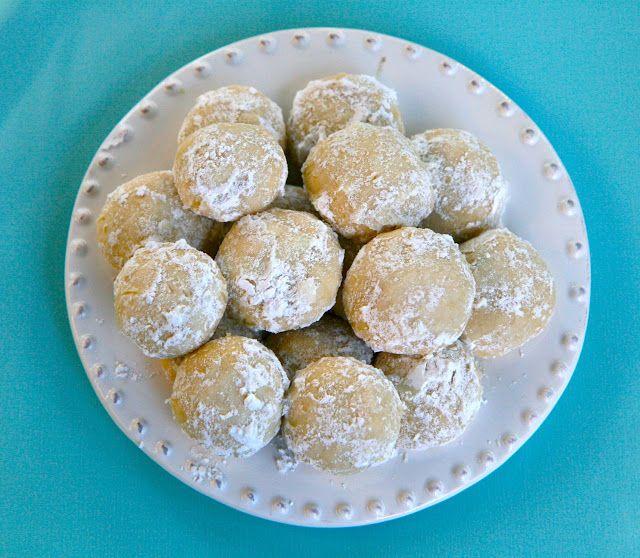 Vita Nostra Italian Wedding Cookies