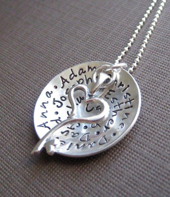 My Family holds a Key to My Heart  Personalized by jcjewelrydesign, $79.00Keys, Gift Ideas, Cute Ideas, My Heart, My Families, Heart Personalized, Families Holding