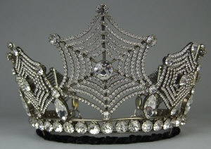 "Spider web tiara by Count Alexander, ""the Count of many Crystals,"" a master of the Swarovki crystal.  He had a worldwide clientele, and made replicas of her jewels for the Queen of Sweden. See:  http://www.islingtontribune.com/count-alexander-von-beregshasy-–-sparkling-fairy-tale-life-count-many-crystals/."