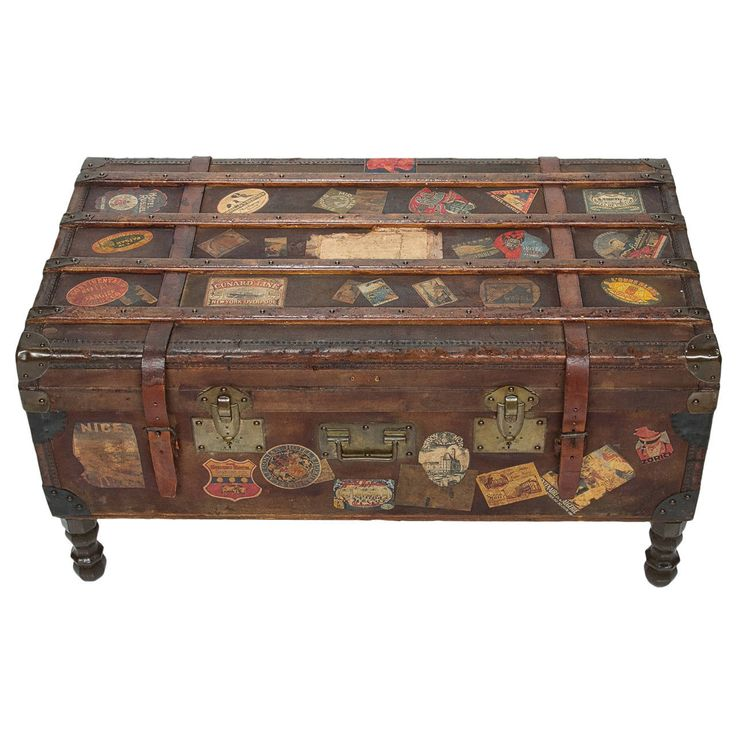 7 Best Trunks Images On Pinterest Old Suitcases Old Trunks And Antique Trunks