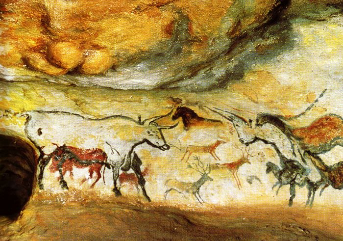 Paleolithic cave paintings of aurochs, La grotte de Lascaux, Dordogne, France. #Art [ ModernCavePaintings.com ]