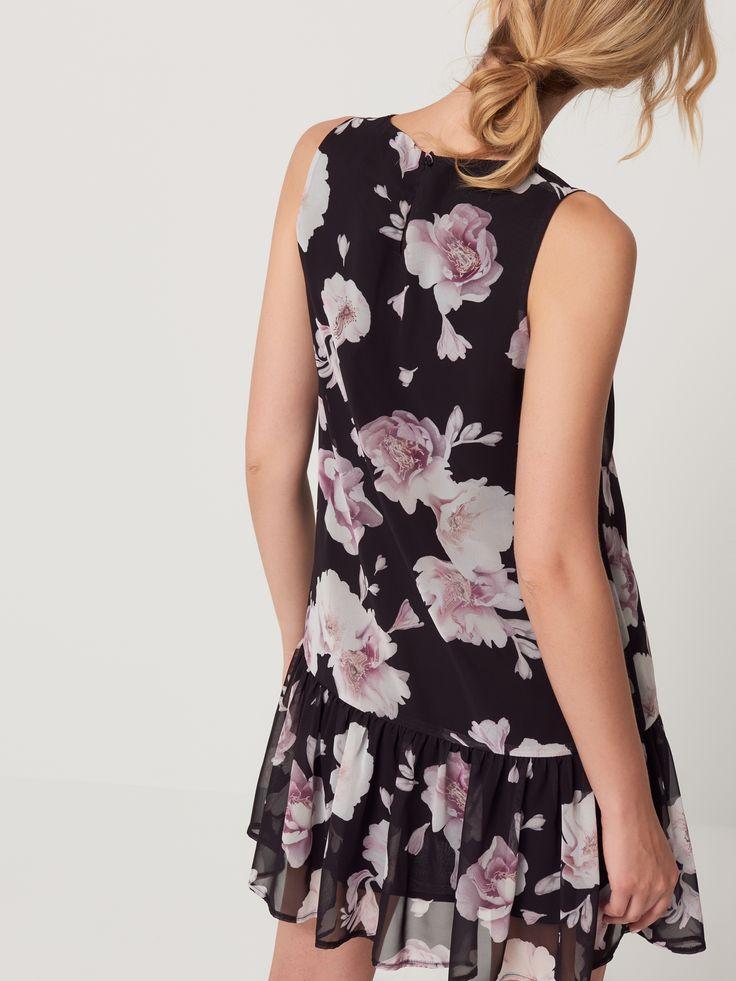 Szyfonowa sukienka w kwiaty, SUKIENKI, KOMBINEZONY, czarny, MOHITO