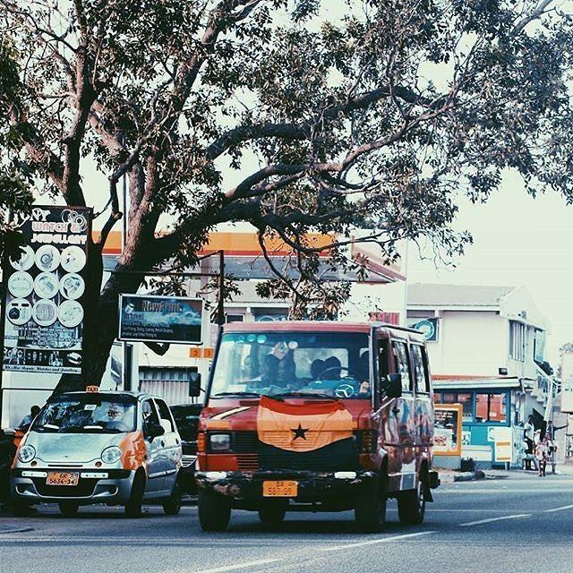 Tro tro in Tema, Ghana. ©David O'cansey [@daffyd.o]