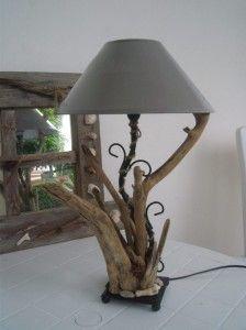 Lampe bois flott bienvenue chez moi pinterest woods for Chandelier bois flotte