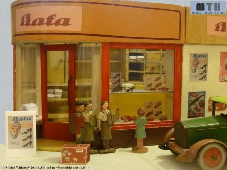 """Muzeum technických hraček """"Odjezd na všesokolský sjezd 1938"""" Baťa"""