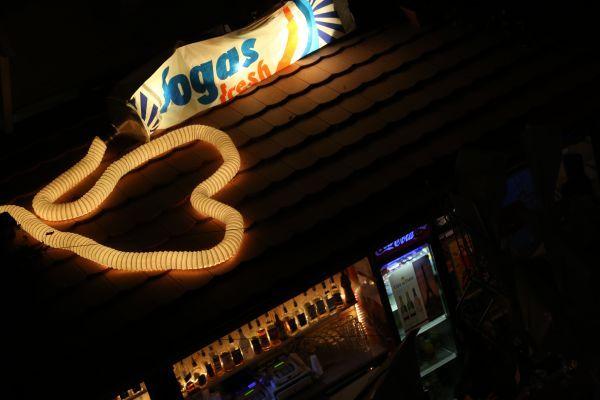 Fogasház Budapest  Disco ruin pubs