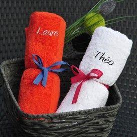 serviette brodée et personnalisée