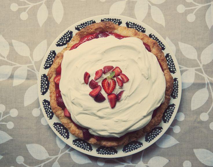 No-bake strawberry lemon verbena cream pie