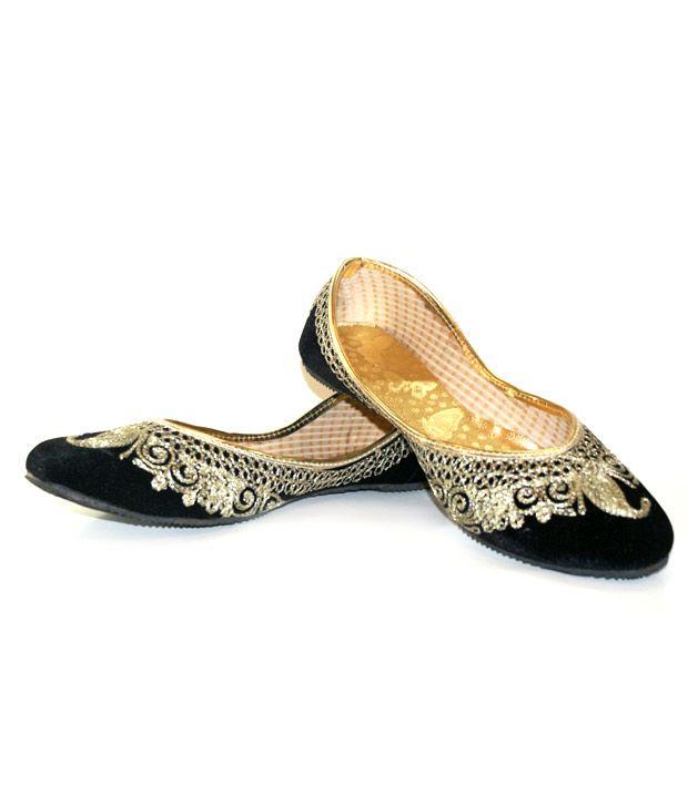 Desire of Shoes Black Punjabi Jutti